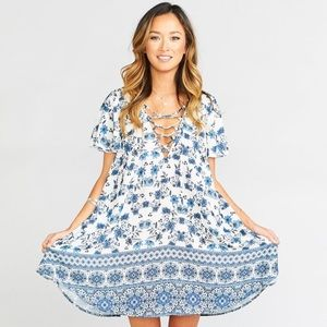 show me your mumu // kylie lace up printed dress
